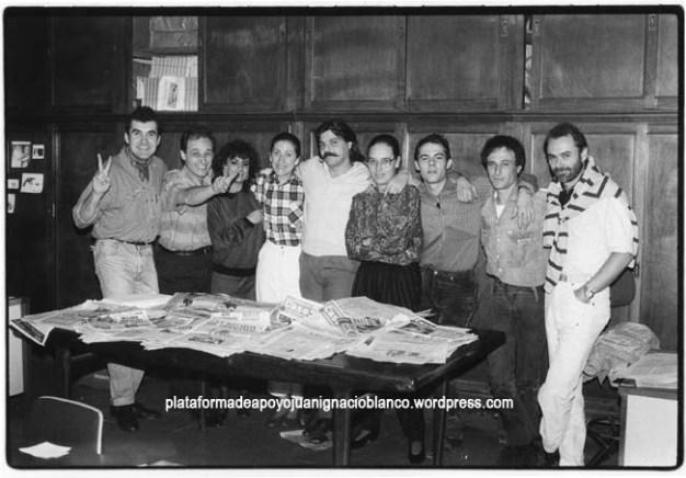 """Con el equipo de """"El Caso"""" en la nueva redacción en Madrid 1992"""